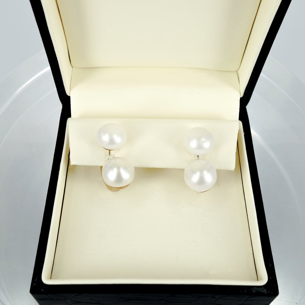Image of Sterling silver gold plated pearl earrings M2938