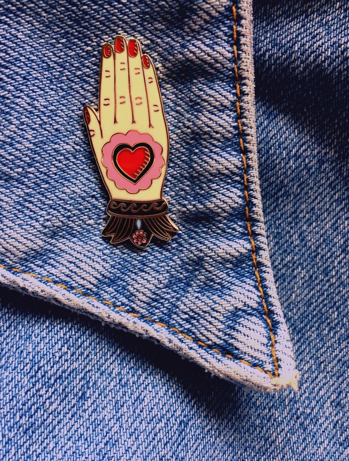 Mexican Hand Enamel Pin - 2 Colour-ways
