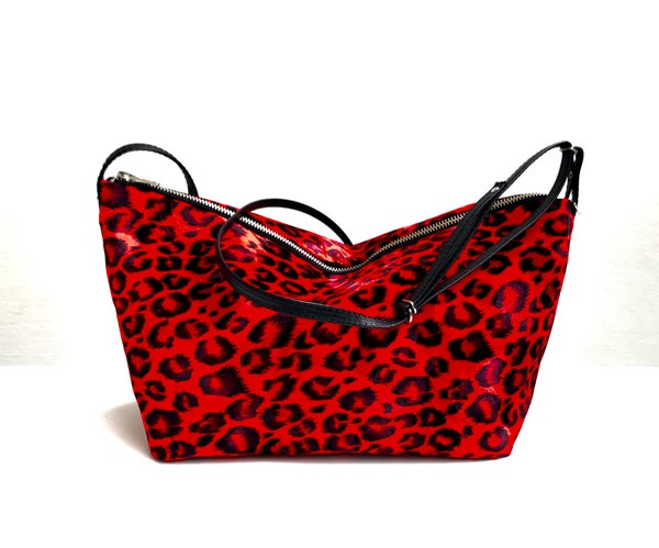 Image of Medium leopard bag