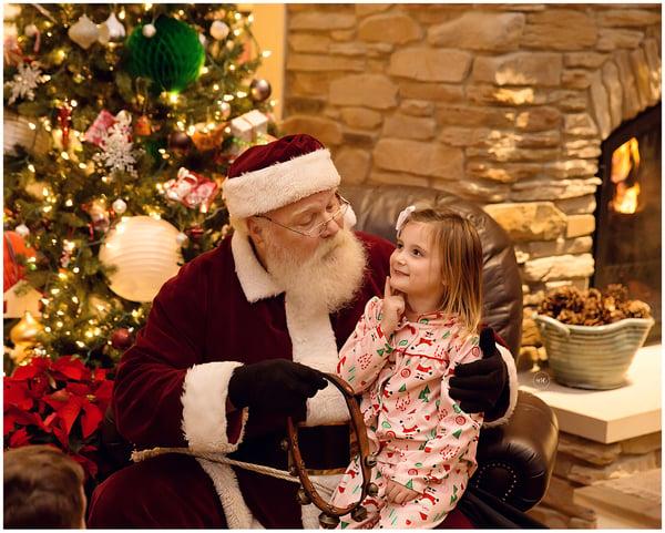 Image of November 29 Holiday Sessions- with SANTA!