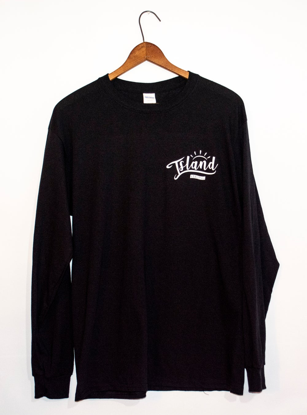 ISLAND STRONG Long Sleeve // Black