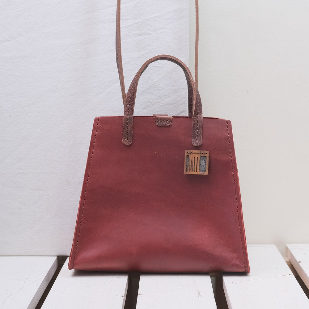 Image of 3-Panel Petite Reverse Two-Way Tote