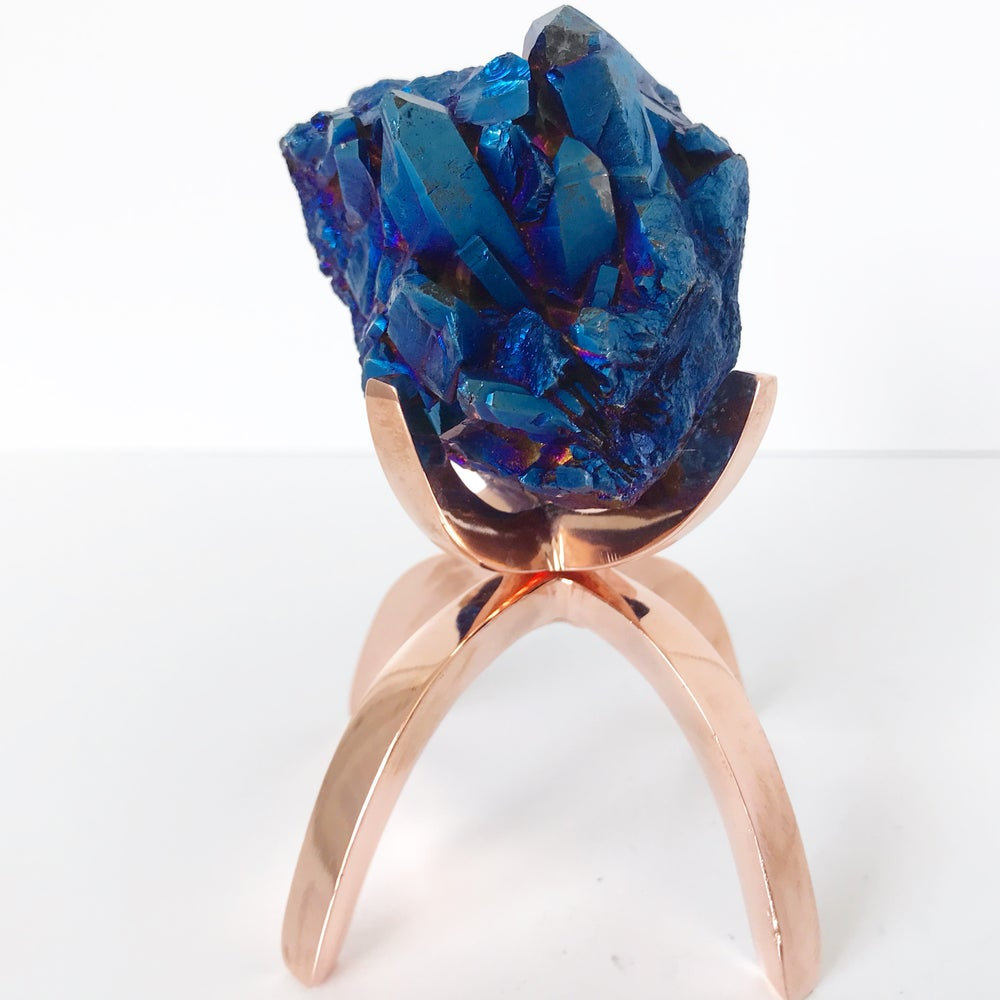 Image of Titanium Coated Quartz no.21 + Limited Edition Rose Gold Claw Stand