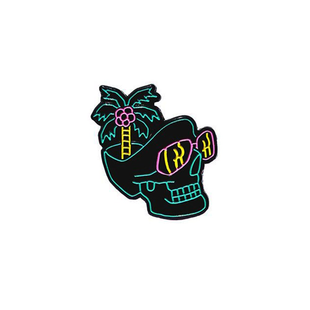 Image of Paradise Skull pin