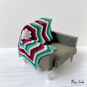 Christmas Granny Star Blanket in 1:12 scale