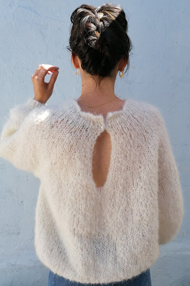 Image of -- PATRON : FROU-FROU SWEATER --