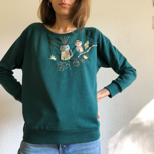 Image of Reserved for Janna: Cat's play - original hand embroidery on 100% organic cotton sweatshirt