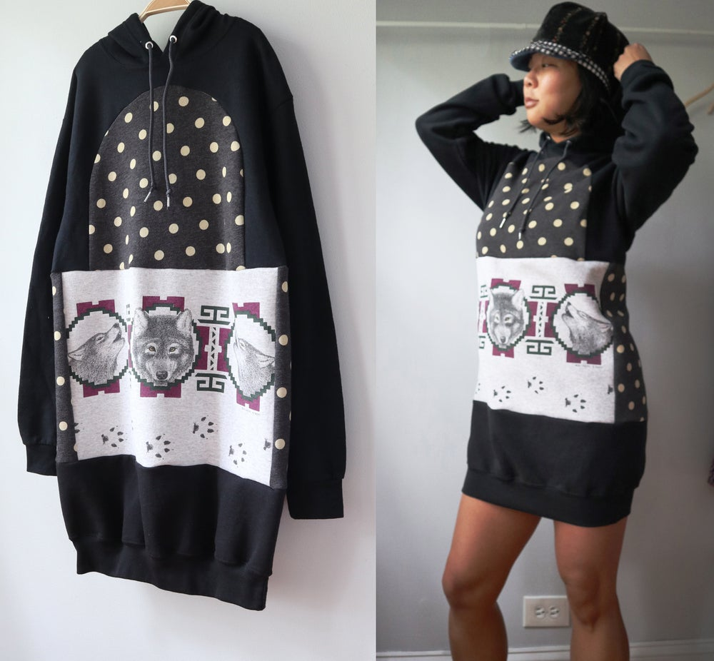Image of wolves polka dot wolf vintage sweatshirt fabric courtneycourtney Womens adult m medium hoodie hooded
