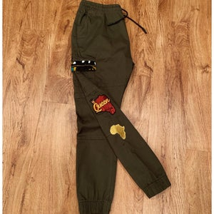 Image of 1 of 1 Queen Olive Cargo Joggers