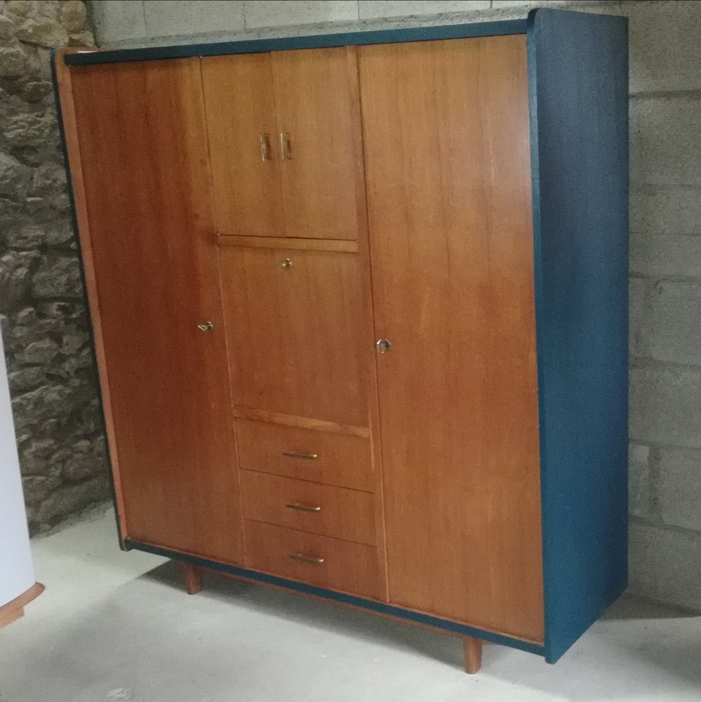 Image of Grande  armoire secrétaire  revisitée années 6060'