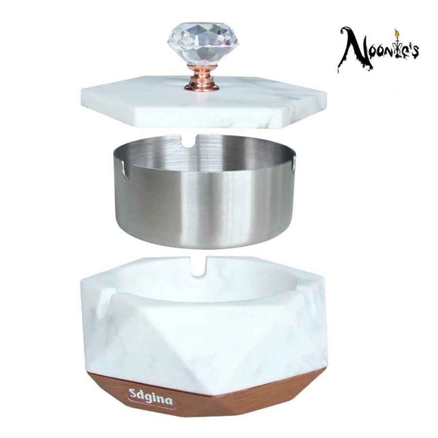 Image of Diamond style wind proof ashtray