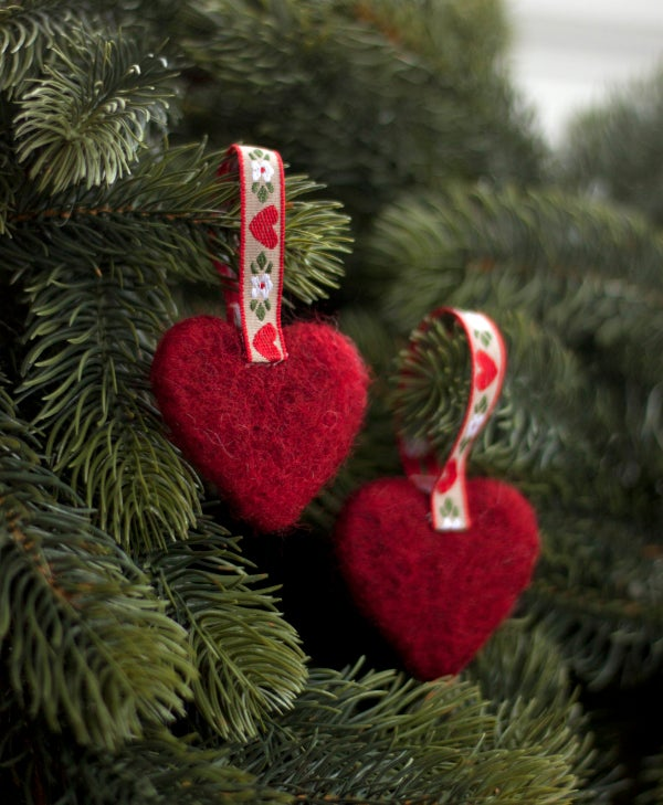 Image of Nordic Yule decoration - A pair of hearts 1