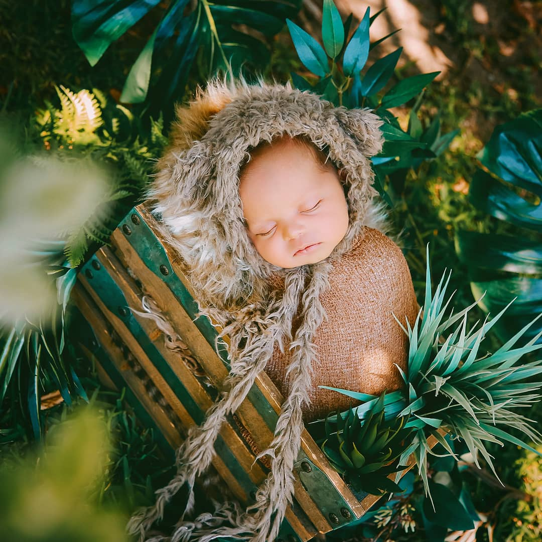 Image of NEWBORN BABY SESSION DEPOSIT