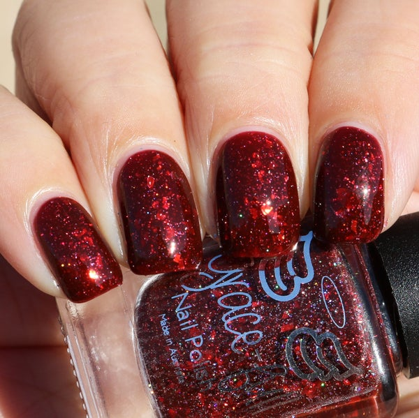 Image of Mulled Wine – a deep red with holo flakes and red metallic flakes