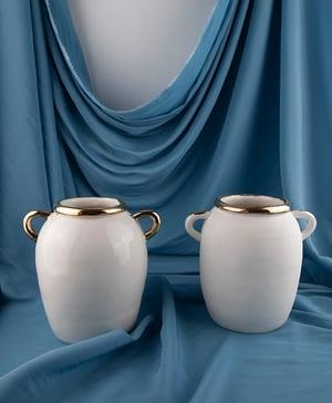 Porcelain Pot no 2