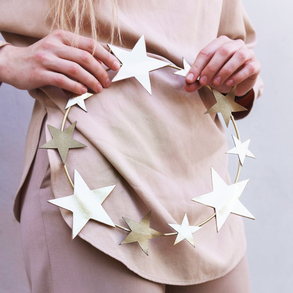 Image of UNITY leather stars hanging wreath