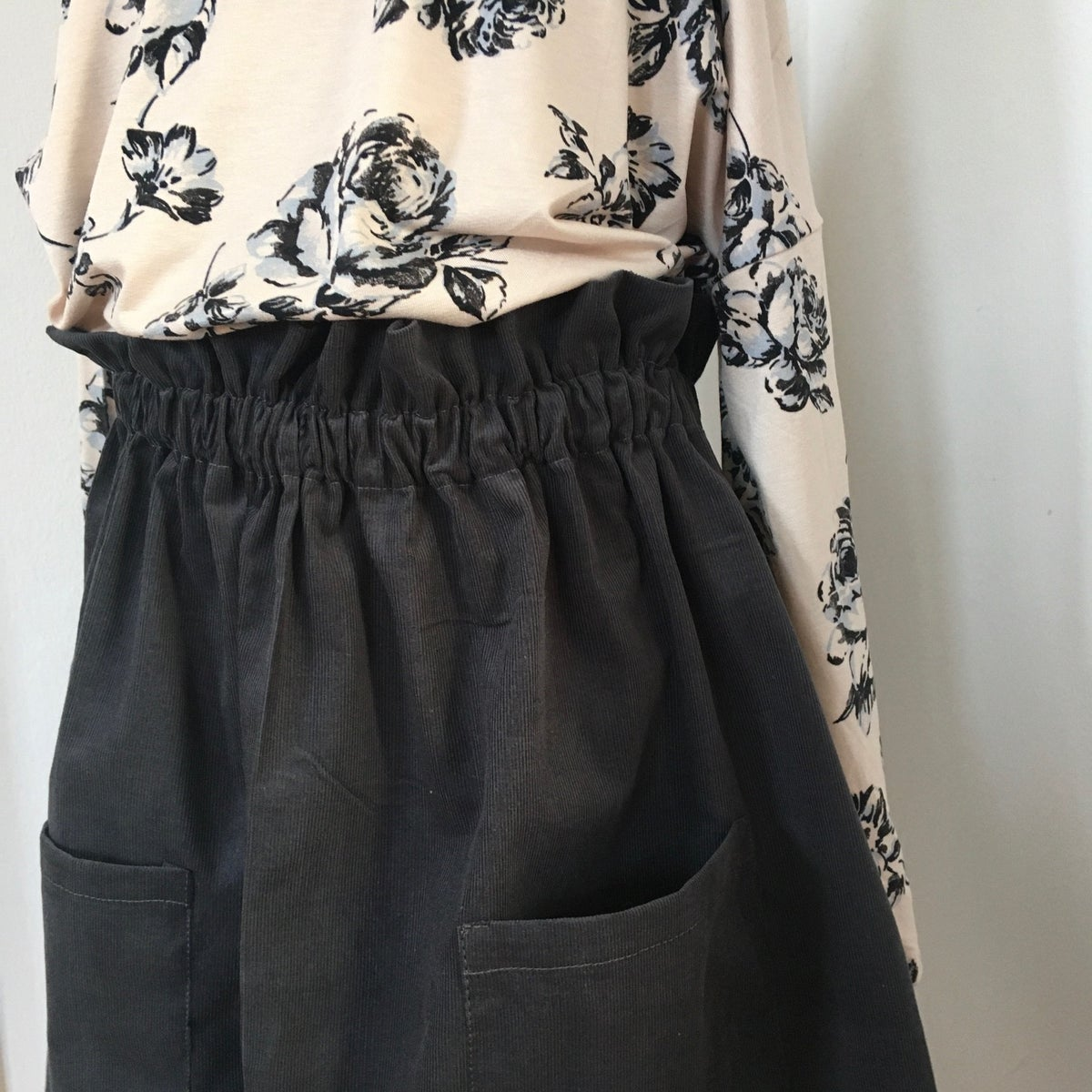 Market Skirt-grey corduroy