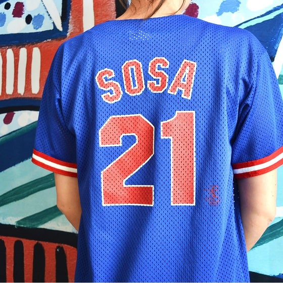 Image of Vintage 1998 Chicago Cubs Sammy Sosa Majestic Jersey Sz.L (Youth)