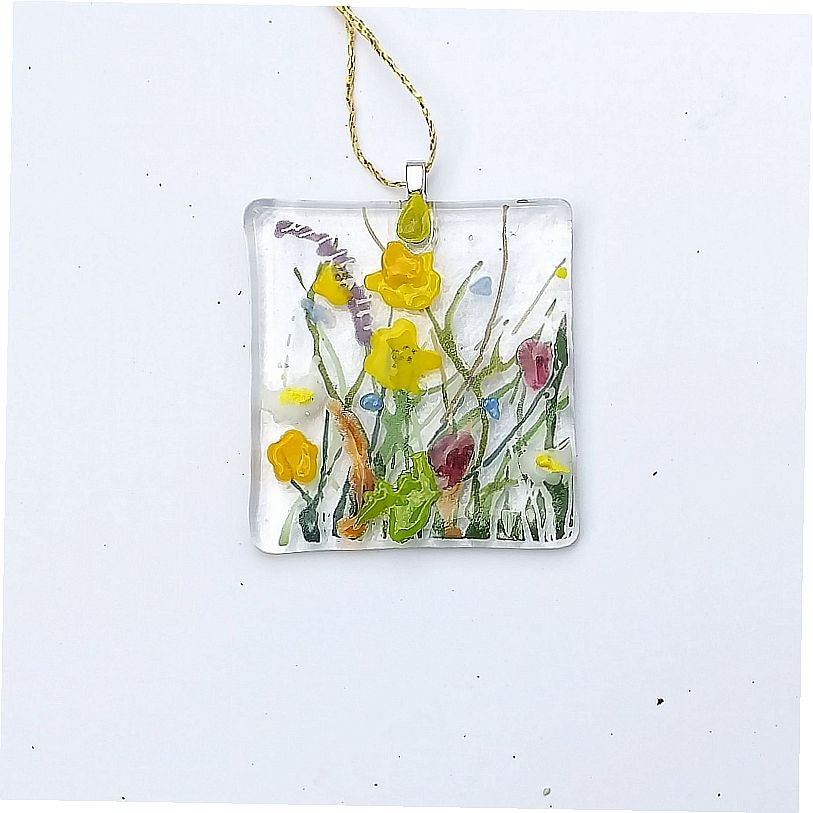 Wild Meadows buttercup hanging decoration