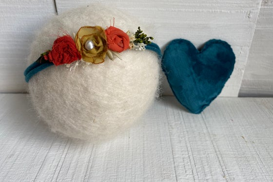 Image of Alice set - heart and tieback