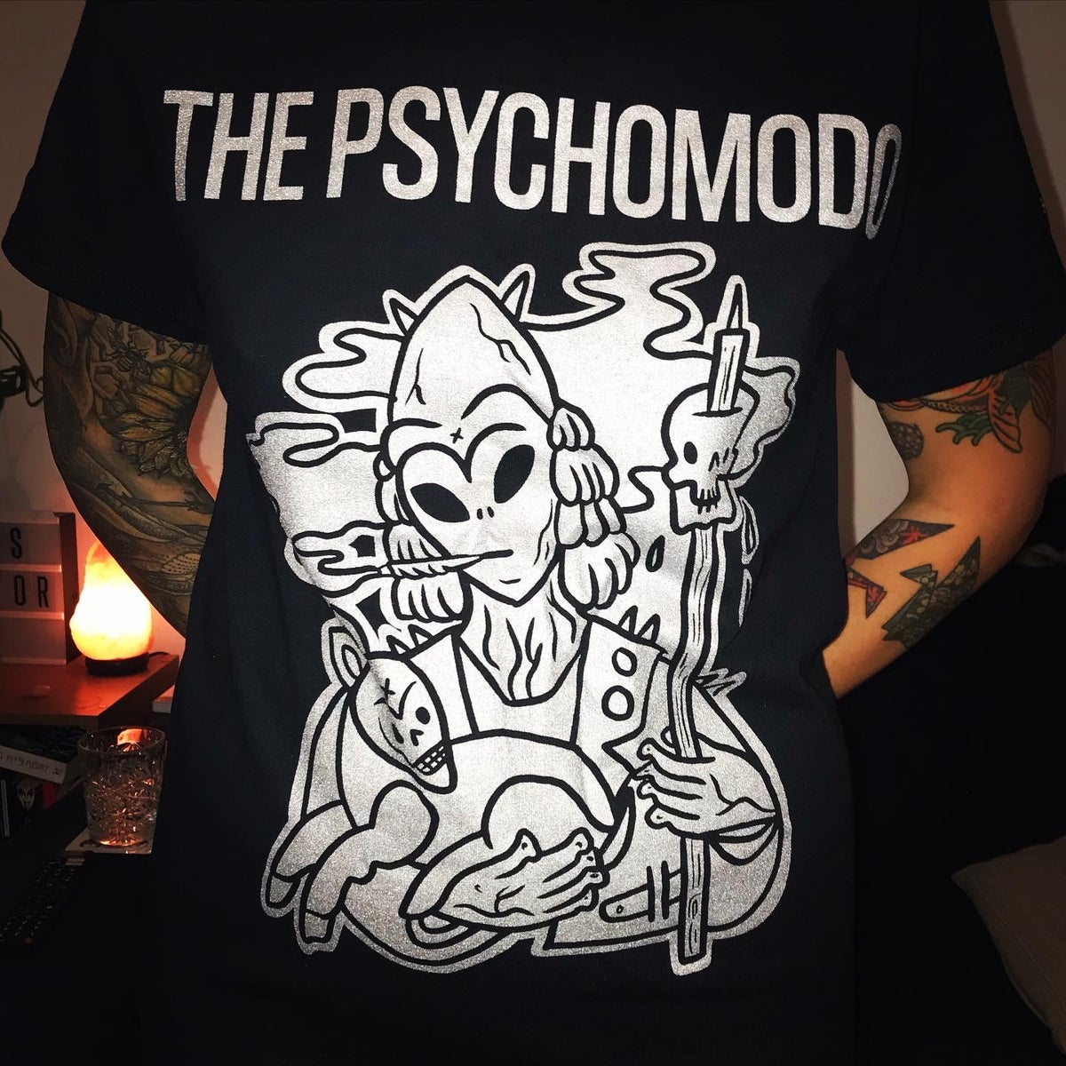 "Image of THE PSYCHOMODO ""SPACE SMOKER"" SHIRT"
