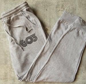 Image of Grey Men's Retro 603 sweatpants
