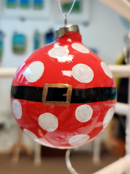 Image of Red Spotted Bauble