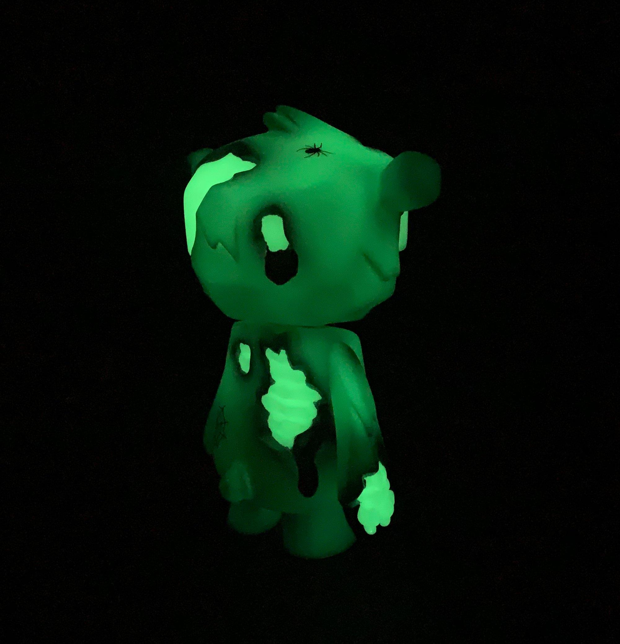 Image of ZOMBEAR
