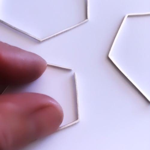 Image of Arracades pentàgon. Pendientes pentágono.