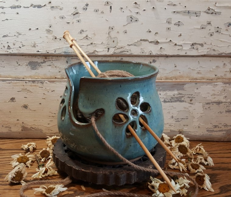 Image of Yarn Bowl for Your Wool : Glacial Waters (Turquoise)