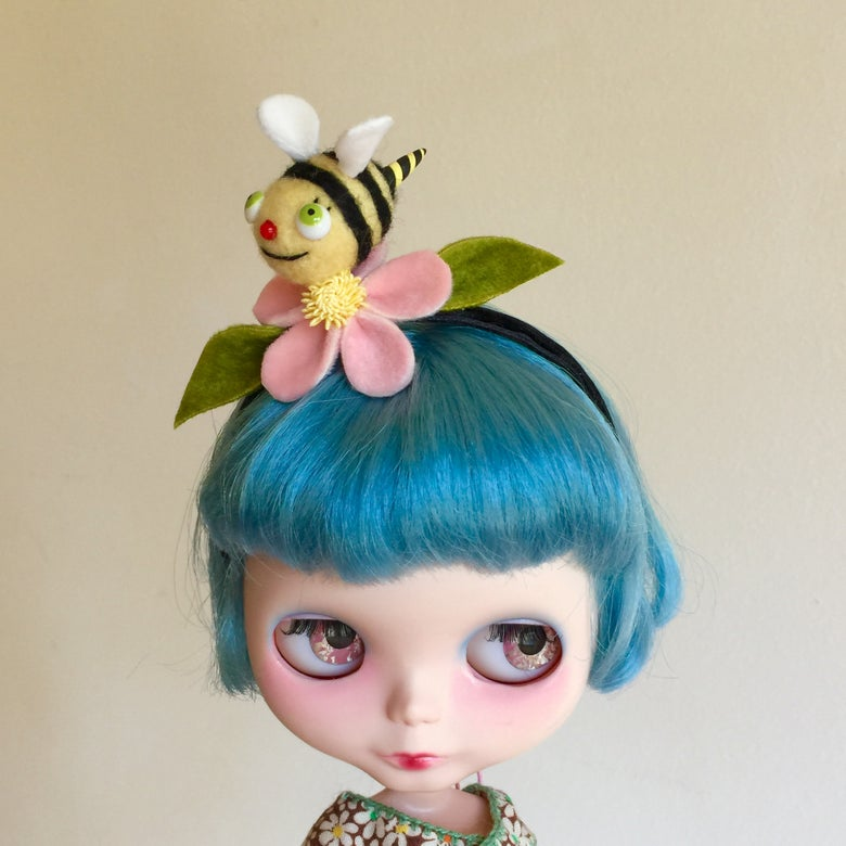 Image of Bumblebee Friend Headband for Blythe 3