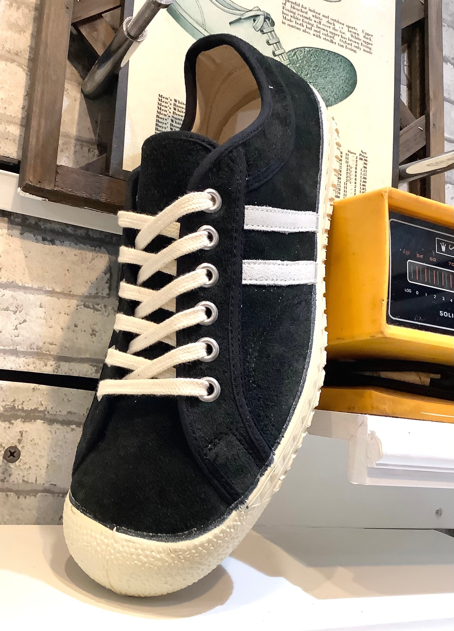 Image of Inn-stant suede lo top black sneaker shoes made in Slovakia