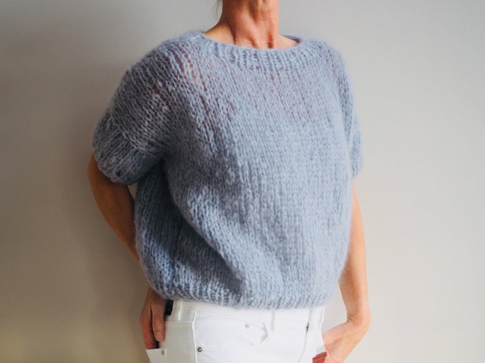 Image of The Clara Sweater - Ice blue short sleeves