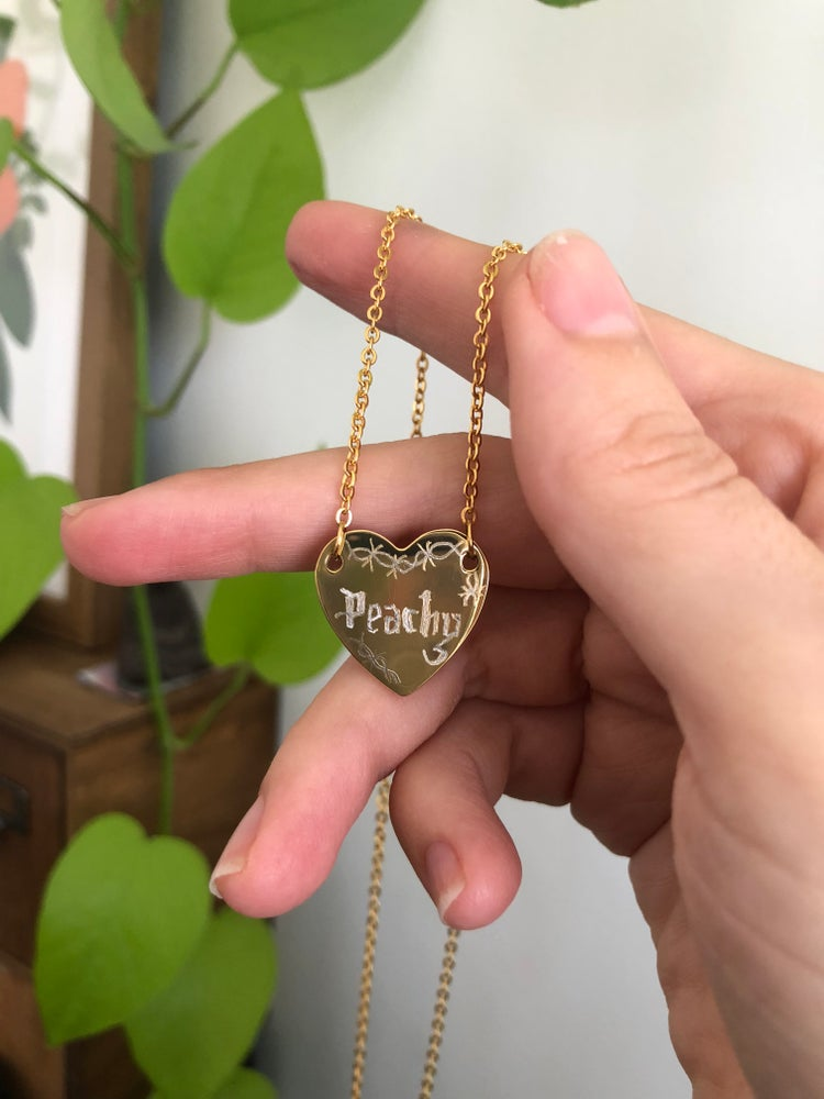 Image of OLD ENGLISH HAND ENGRAVED  'PEACHY' GOLD HEART