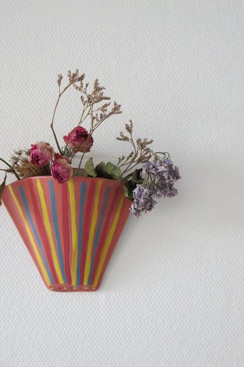 """Image of Vase mural """"Borboleta"""""""