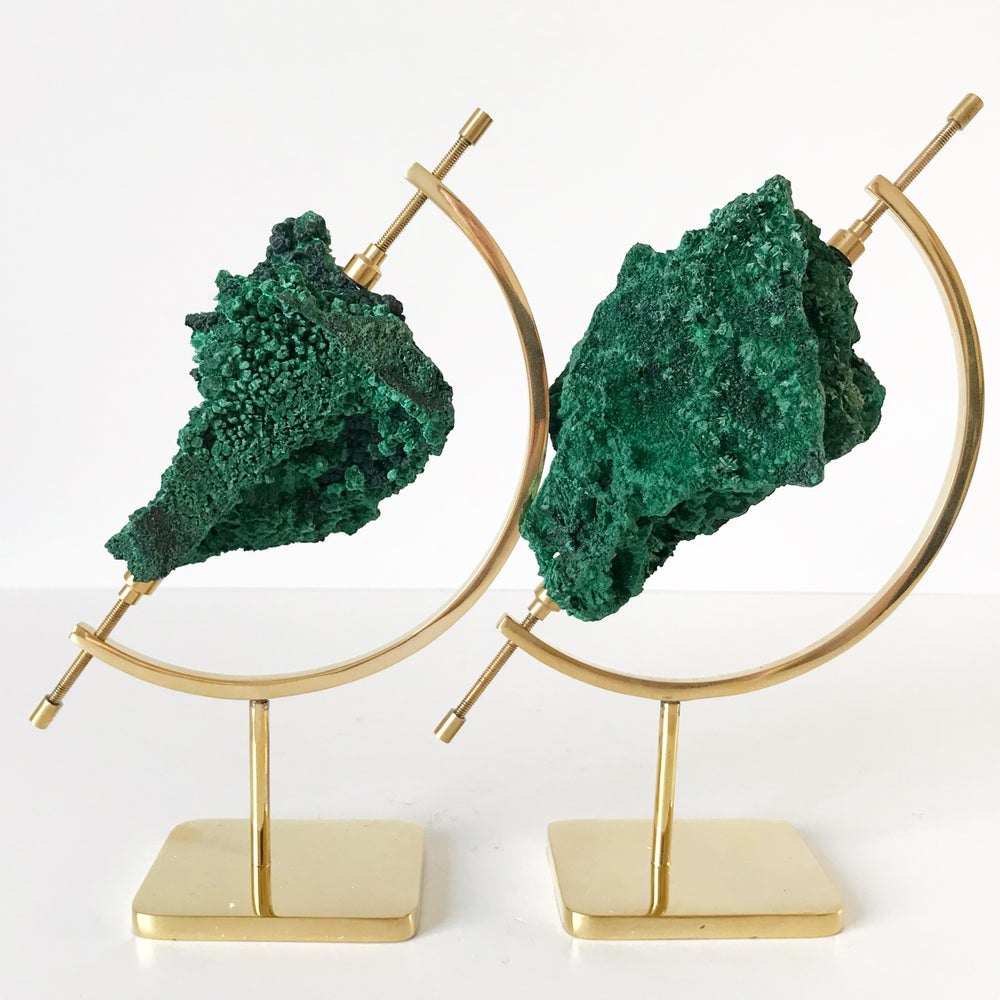 Image of Fibrous Malachite no.135 + Brass Arc Stand