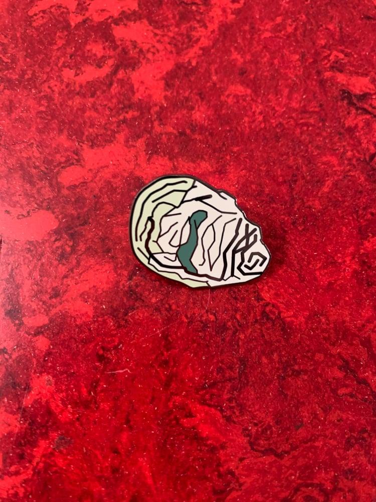 Image of Gary's Black Beard Oysters Enamel Pin <br/> —LPPL/åbäke