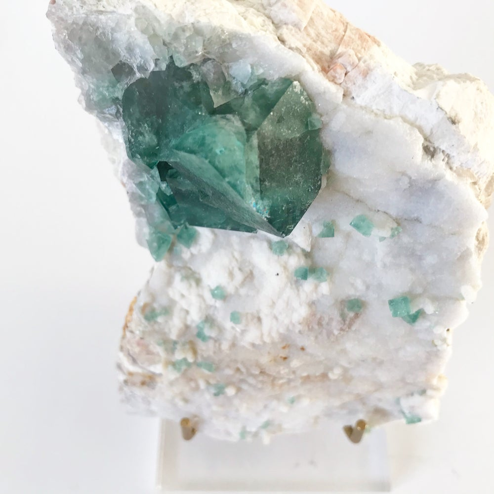 Image of Green Fluorite no.129 + Lucite and Brass Stand