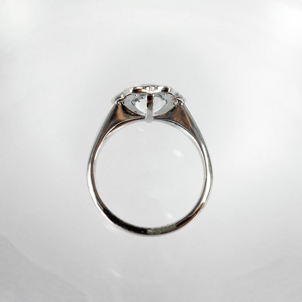 Image of Pretty 18ct white gold Aqua cocktail ring