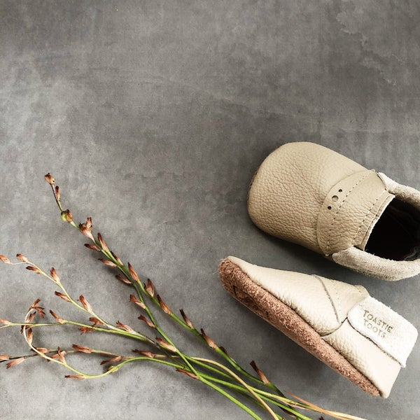 Image of EVERYDAY SLIP-ON MOCCASINS - TAUPE