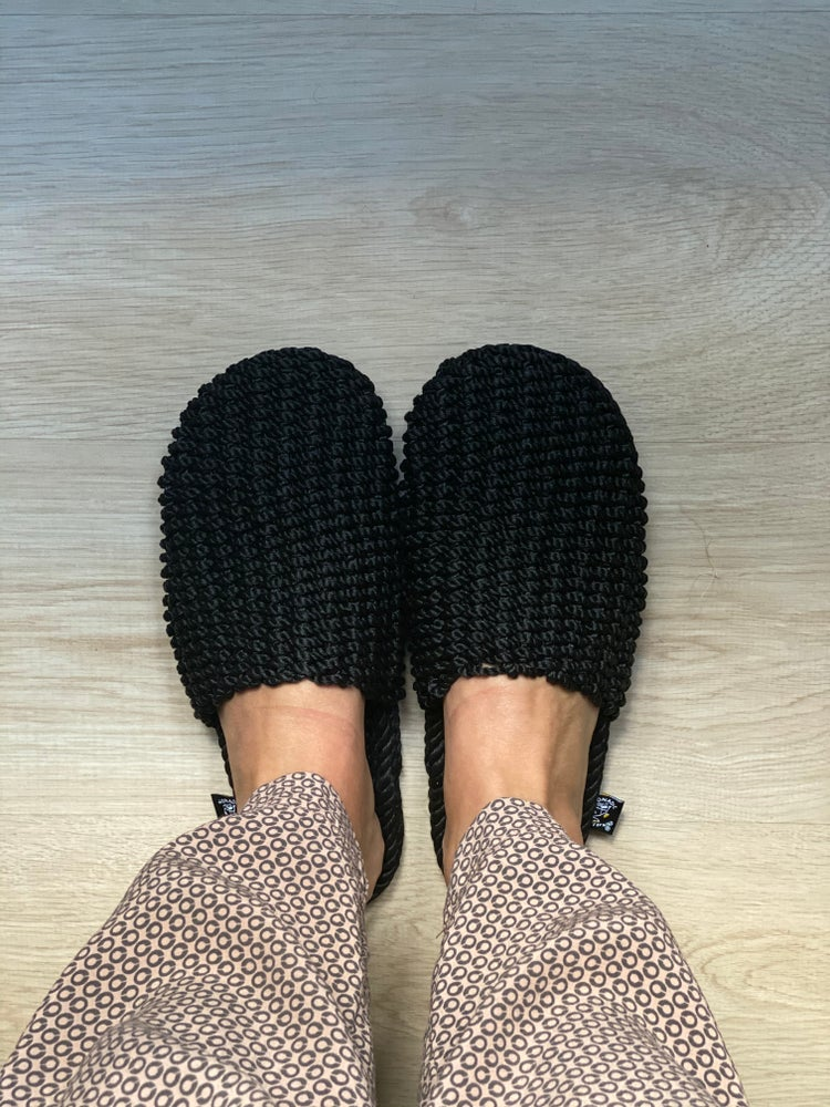 Image of Slippers black