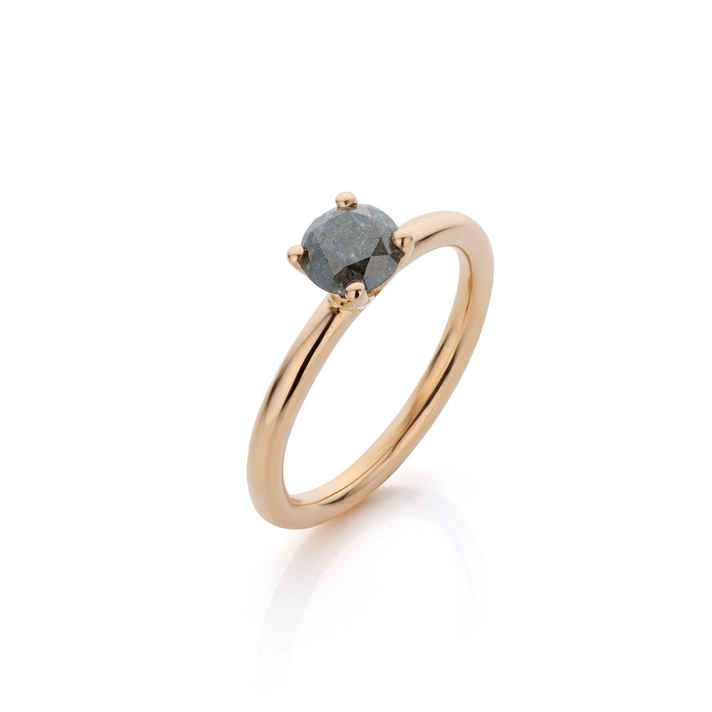 Image of engagementsring in gold and diamond - verlovingsring / trouwring in goud en diamant