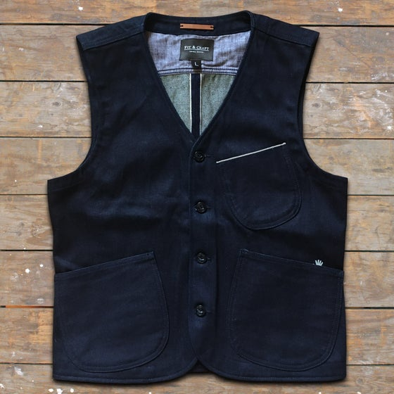 "Image of FIT & CRAFT ""MNEME"" VEST HEMP"