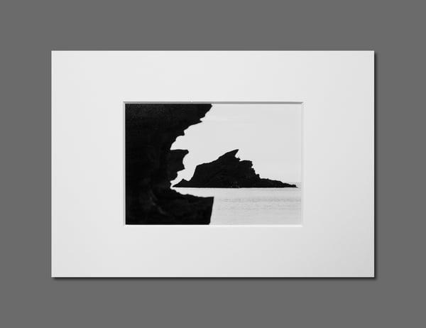 Image of SEA ROCK - 11X16CM FINE ART PRINT IN A4 PASSE-PARTOUT