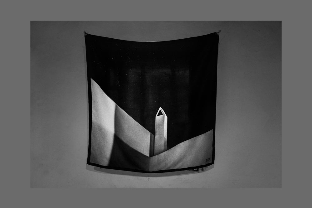 Image of CARRÉ DE SOIE  (SILK SCARF) - CHIMNEY