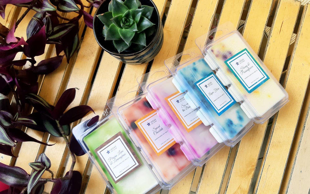 Image of 8 cube clamshell soy melts - green bamboo & fig