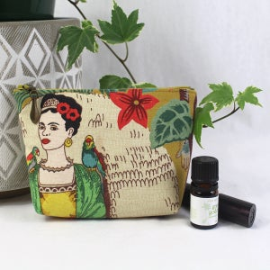 Image of Capsule Purse - Frida Mustard