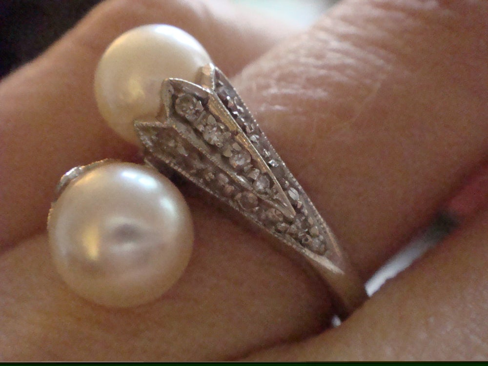 Image of Art Deco style 18ct white gold culture pearl and diamond toi and moi style ring