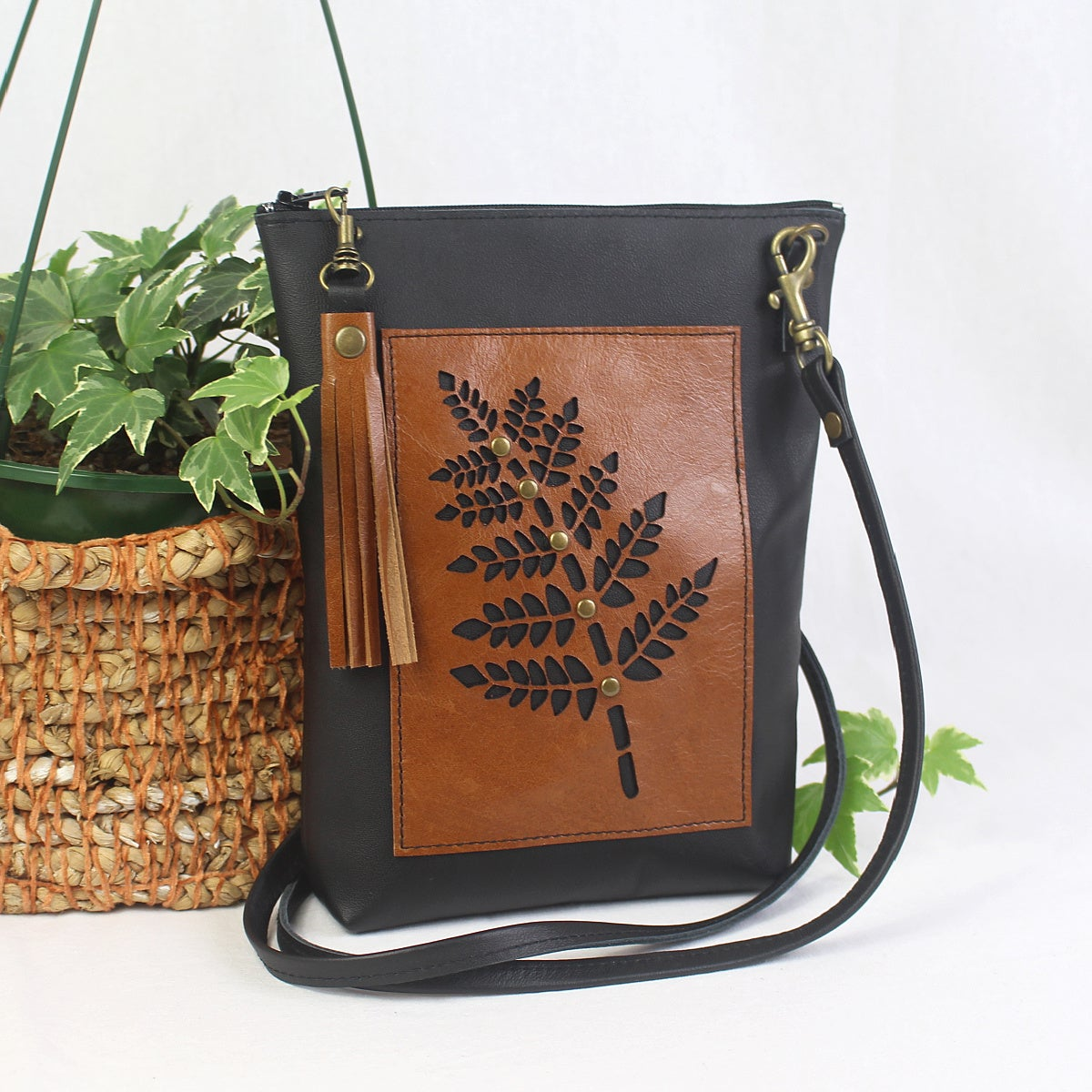 Image of Leather Fern Dance Bag - Black & Tan