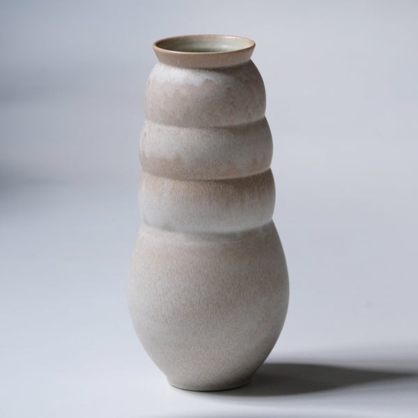 Image of LARGE UNIKA VASE IN EARTH WHITE GLAZE